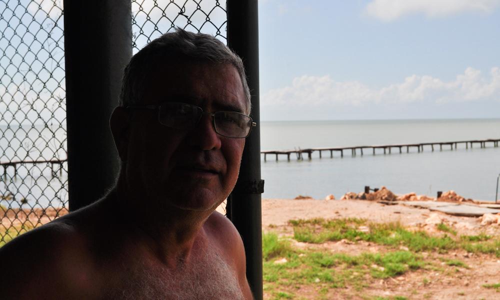 Ramón Carrocera y su hermano pasan sus vacaciones en la playa desde hace cuarenta años (Foto: Julio Batista)