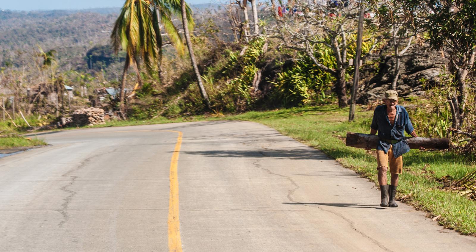 En La Farola solo hubo algo más persistente que los vientos: su gente (Foto: Julio Batista)