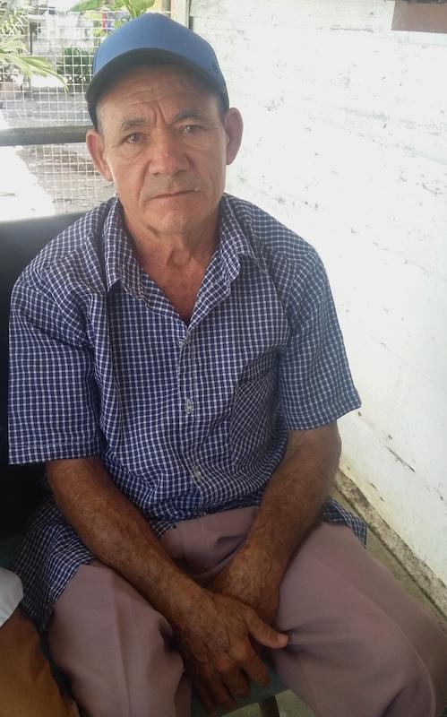 ulio Molina, 78 años, trabajador cincuentenario de la fábrica (Foto: Lianet Fleites)
