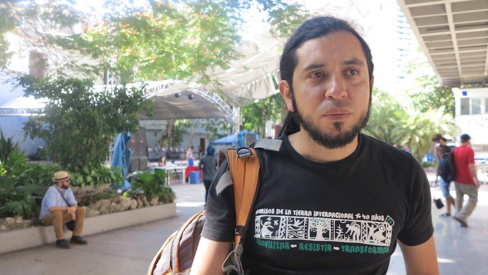 """Danilo Urrea, en La Habana, durante el XII Taller Internacional de Paradigmas Emancipatorios """"Berta Cáceres vive"""" (Foto: Mónica Baró)"""