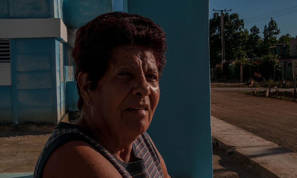 Dora Caridad (Lolo), de 78 años, vivió casi medio siglo en Playa Rosario (Foto: Julio Batista)