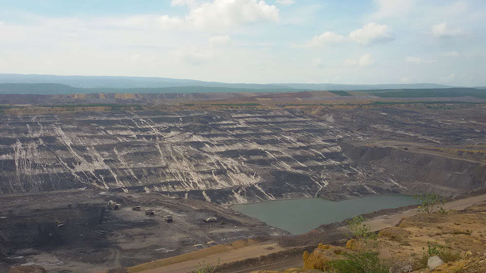 La mina de carbón El Cerrejón, en el departamento La Guajira, Colombia, una de las minas a cielo abierto más grande del mundo, en explotación desde hace unos treinta años (Foto: Mónica Baró)