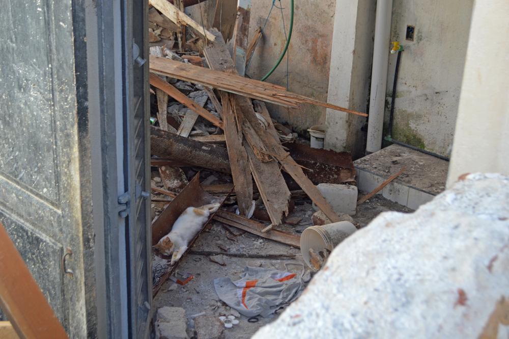 Es este uno de los sitios de mayor destrucción de todo el poblado