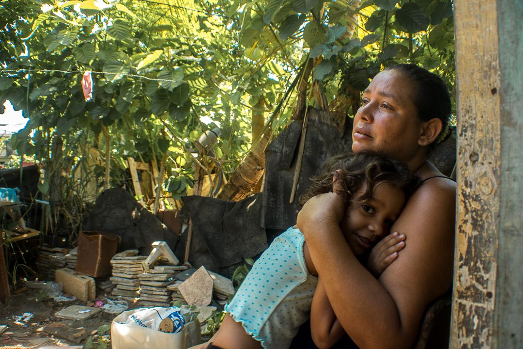 Yudelkis Ayala junto a Nataly (Foto: Ismario Rodríguez)