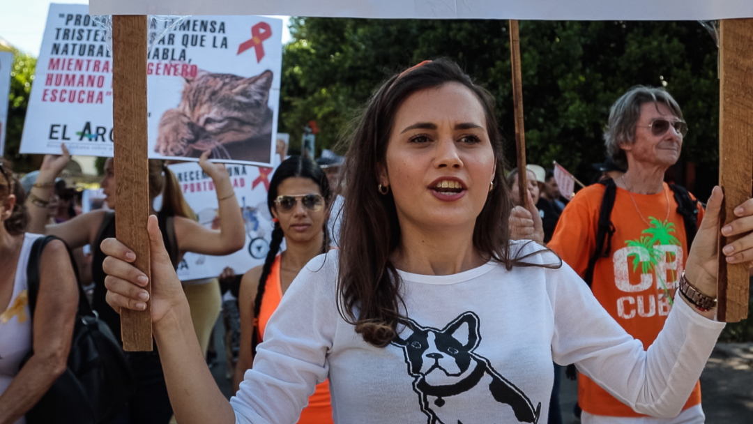 Beatriz Batista, estudiante de Comunicación Social, organizó esta marcha en apenas cinco días (Foto: Ismario Rodríguez).
