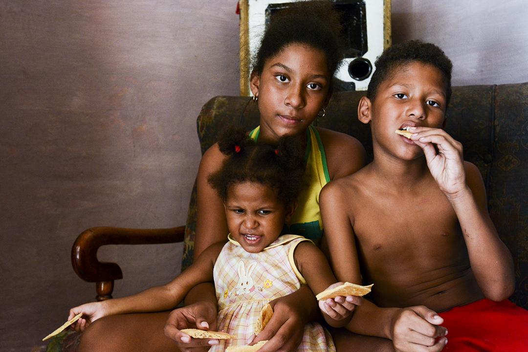 Los niños son asmáticos y viven en la humedad permanente (Foto: Abril).