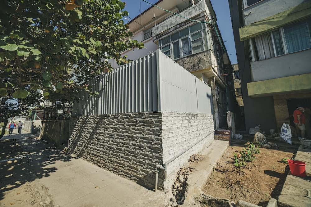 La altura máxima permitida para los muros en el área es de 1.20 metros (Foto: Hansel Leyva Fanego).
